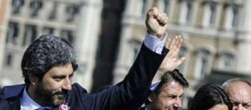 Diego Fusaro all'attacco di Roberto Fico