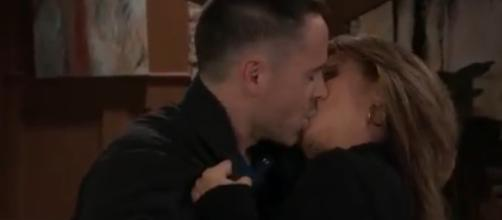 Julexis fans want to see the passion between Julian and Alexis.(Image Source:General Hospital-YouTube.)