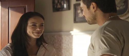 Rael conta a verdade sobre Chiclete a Camilo. (Reprodução/ TV Globo)