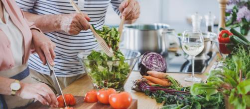 Salud: 6 combinaciones de alimentos para combatir la inflamación