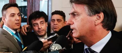 """Bolsonaro afirma que presidente francês deve retirar os """"insultos"""". (Reprodução/Instagram/@jairmessiasbolsonaro)"""