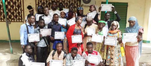 La remise de certifications aux jeunes apprenants des camps (c) Jonas Yedidia