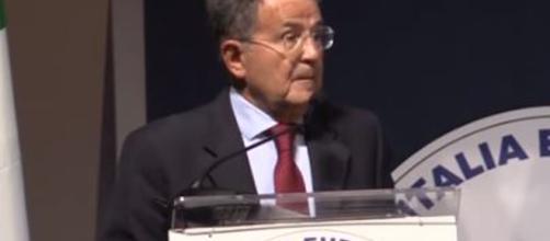 Romano Prodi in caso di governo M5S-Pd sarebbe candidato al Quirinale secondo alcuni.