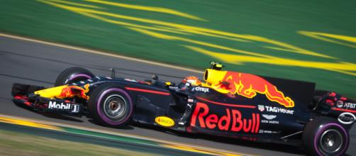 Red Bull F1 driver Albon gets grid penalty (Image Credit: Jake Archibald/Wikimedia Creative Comons)