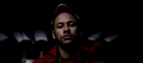 La Casa de Papel » : Neymar intègre la série ! - Elle - elle.fr