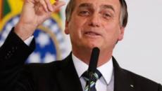 Bolsonaro ataca 'ideologia de gênero' durante evento em escola de filha, diz jornal