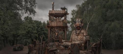 Le sculture di Thomas Dambo nel bosco di Boom, Belgio