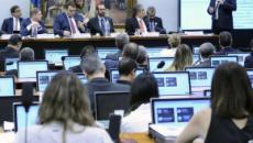 Governo Bolsonaro planeja nova reforma trabalhista
