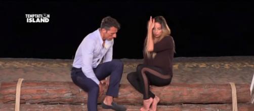 U&D, David e Cristina litigano durante la registrazione del trono over, Maria seda la lite
