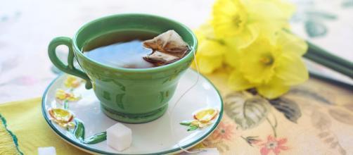 Las infusiones naturales son ideales para descansar bien. - emedemujer.com