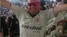 Torcedor do Corinthians alega ter sido preso após se manifestar contra Bolsonaro em estádio