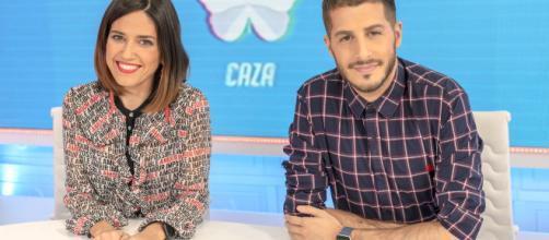 Nuria Marín y Nando Escribano, presentadores de Cazamariposas - elespanol.com