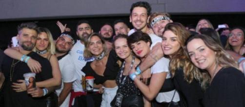 Show de Sandy e Junior foi marcado por plateia de famosos. (Divulgação/ Reginaldo Teixeira/ CS Eventos)
