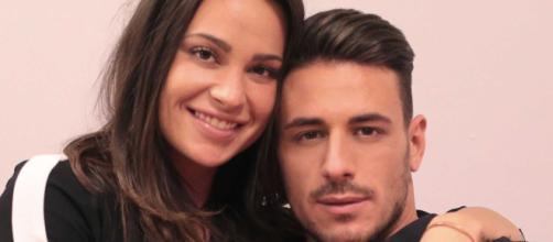 Vittoria Deganello, dopo l'addio all'ex tronista Mattia, sarebbe in vacanza con Borriello