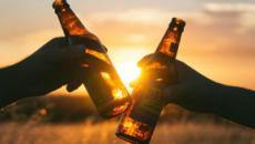 Cruzcampo realiza la creación del verano con una cerveza con sabor a gazpacho