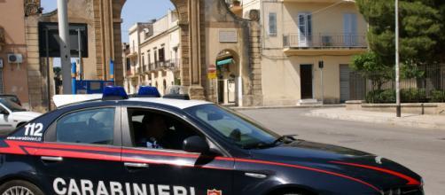 Bari, assalto armato con un coltello in un supermercato a Triggiano: 35enne arrestato