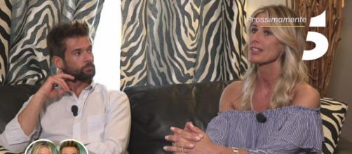 Temptation Island, Sabrina difende la sua relazione con Nicola.