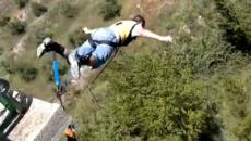 Muere un youtuber español tras intentar grabar un salto en paracaídas en Alicante