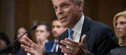 US Ambassador to Russia Jon Huntsman resigns | (Image via ABCNews/Youtube)