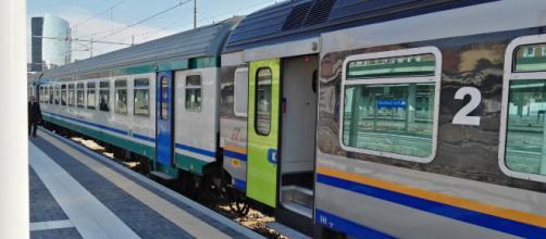 Brindisi, tragedia alla stazione di Cisternino: uomo travolto e ucciso da un treno, si tratterebbe di gesto volontario
