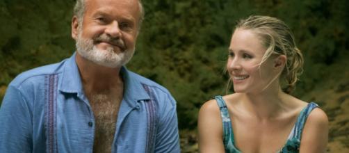 Kelsey Grammer e Kristen Ball vivem pai e filha em 'Tal Pai tal Filha'. (Arquivo Blasting News)