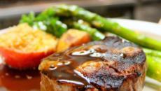 Los españoles comen seis veces más carne de la recomendada, según la ONU