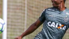 Cazares transforma em quadro lance de clássico entre Cruzeiro e Atlético-MG