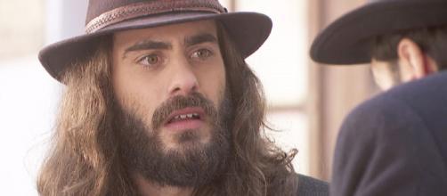 Il Segreto, trame: Alvaro svela ad Isaac che il figlio perso da Antolina non era il suo