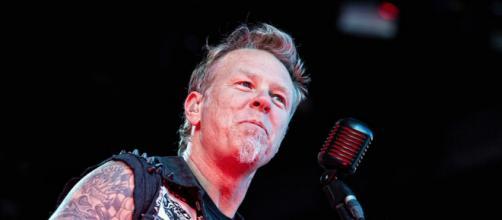 James Hetfield dei Metallica durante un concerto