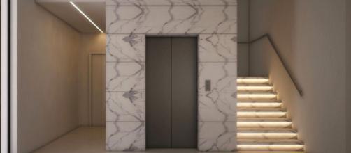 Roma, 36enne disabile dopo un incidente fa montare l'ascensore: i condomini lo insultano