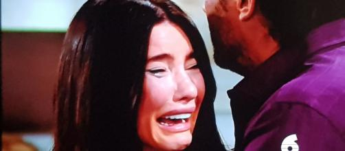 Steffy's world comes crashing down on her when Hope and Liam tell her that they are taking back baby Beth. [Image Source: CBS/YouTube]