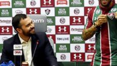 Oswaldo indica Fluminense com três atacantes diante do Avaí