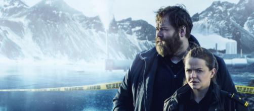 A segunda temporada promete novos mistérios no vilarejo gelado do Norte da Islândia. (Netflix/Divulgação)