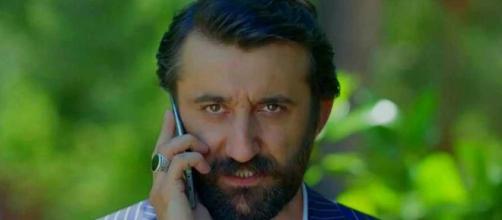 Bitter Sweet spoiler turchi: la madre di Ferit minaccia Onder, sua moglie lo ricatta