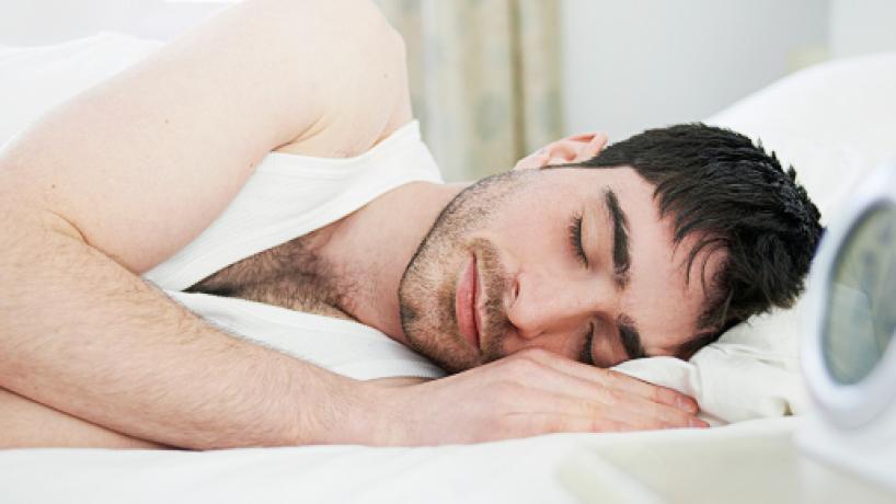 Terapias de relajación promueven un sueño tranquilo y reparador