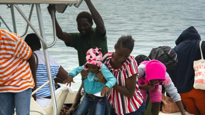 Ciclón Dorian alcanzó la categoría 5 y se acerca a Las Bahamas
