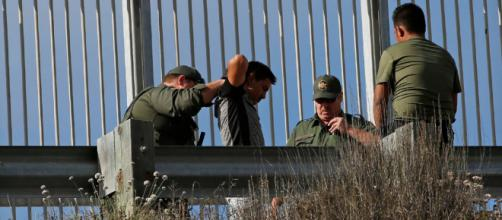 Trump sigue deteniendo y deportando a los migrantes ilegales