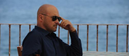 Il commissario Montalbano, interpretato da Luca Zingaretti, in replica il 15 e il 16 settembre
