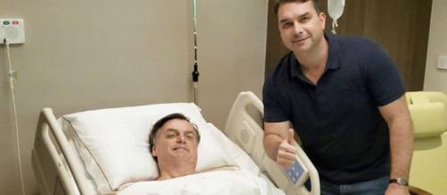 O presidente do Brasil precisou passar por uma cirurgia. (Reprodução/Twitter/@flaviobolsonaro)
