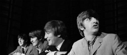 Olavo de Carvalho vira piada ao dizer que compositor dos Beatles era o filósofo Adorno. (arquivo Blasting News