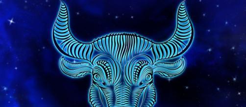 Oroscopo 12 settembre: Scorpione passionale, Toro spossato.