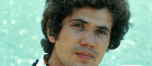 Techetechetè: Lucio Battisti è il protagonista della puntata di martedì 10 settembre - liberoquotidiano.it