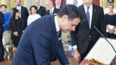 Sondaggi politici DiMartedì: governo Conte bocciato dalla maggioranza degli italiani