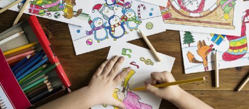 Anno scolastico 2019-2020, indagine Federconsumatori sui costi che devono sostenere le famiglie per il rientro dei figli tra i banchi.