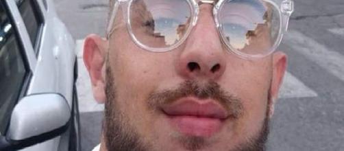 Brindisi, il padre del 19enne ucciso sotto casa si sfoga su Facebook