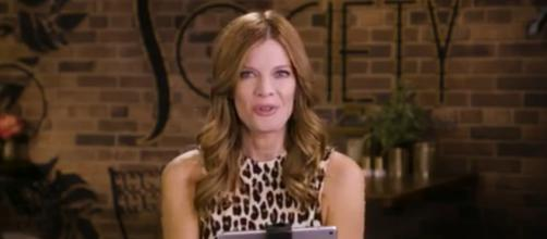 Phyllis gets Zoe to confess. [Image Source:The Young and the Restless/YouTube]