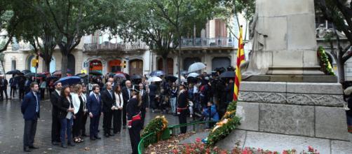 En la ofrenda del Govern se cuela el himno español