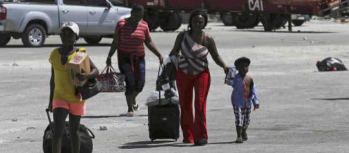 Los refugios en Nassau están colapsados de damnificados por el huracán Dorian. - primerahora.com
