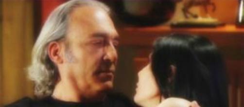Upas, spoiler dal 30 settembre al 4 ottobre: Marina sceglie il suo nuovo amore Fabrizio