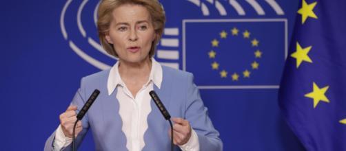 Von der Leyen cambia idea: niente delega alla 'protezione dello stile di vita europeo'